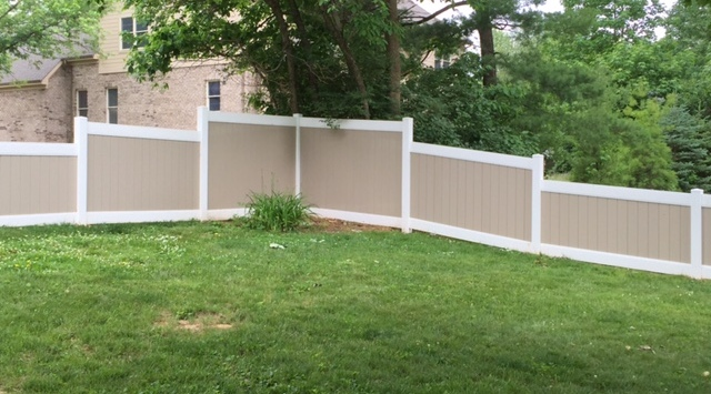 Pvc Vinyl Fence Installation In Cincinnati Mills Fence